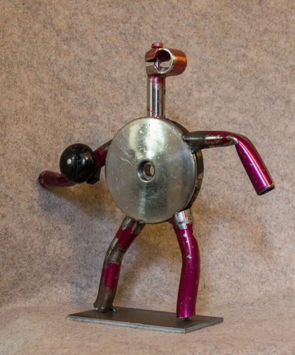 Acheter une figurine en métal ? 'Monsieur Pink' comblera vos envies