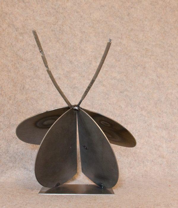 Décorez votre intérieur avec cette luciole en métal recyclé - vue de face