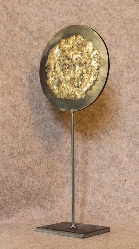 Un objet déco en métal recyclé que j'ai appelé Soleil Soleil le 3ème de ma série